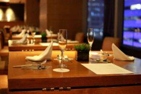 レストラン、外食